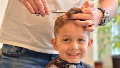 Give your child a haircut and cut internal communication