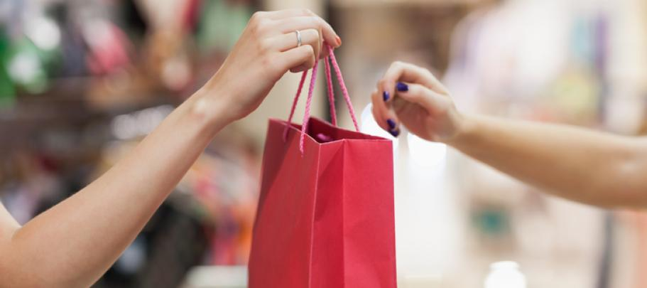 Shopping bag reminds why people buy