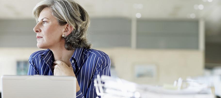 distracted woman at virtual focus group