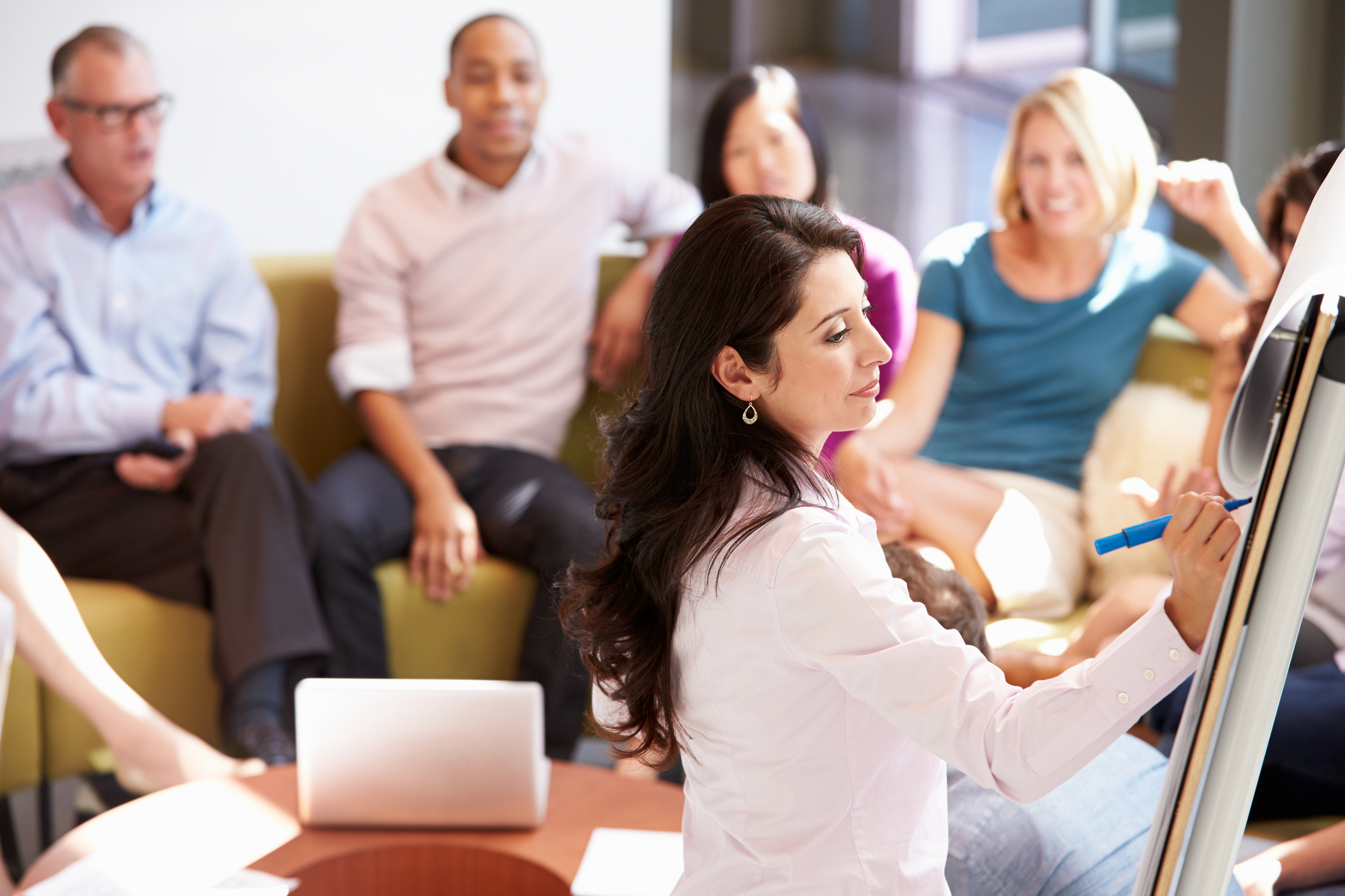5 Reasons To Complement Your Survey With A Focus Group